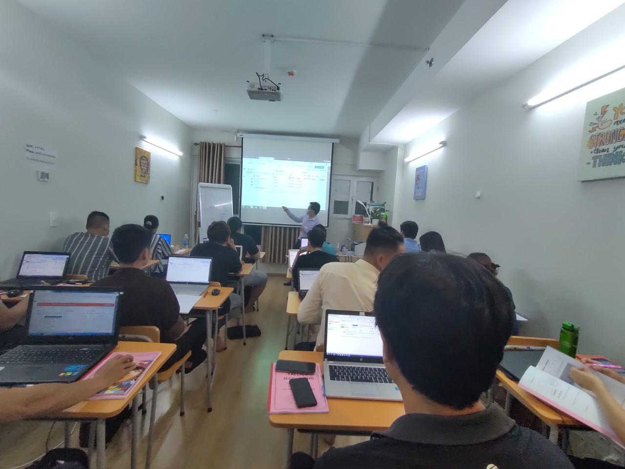 Phòng học Digital Marketing IMTA